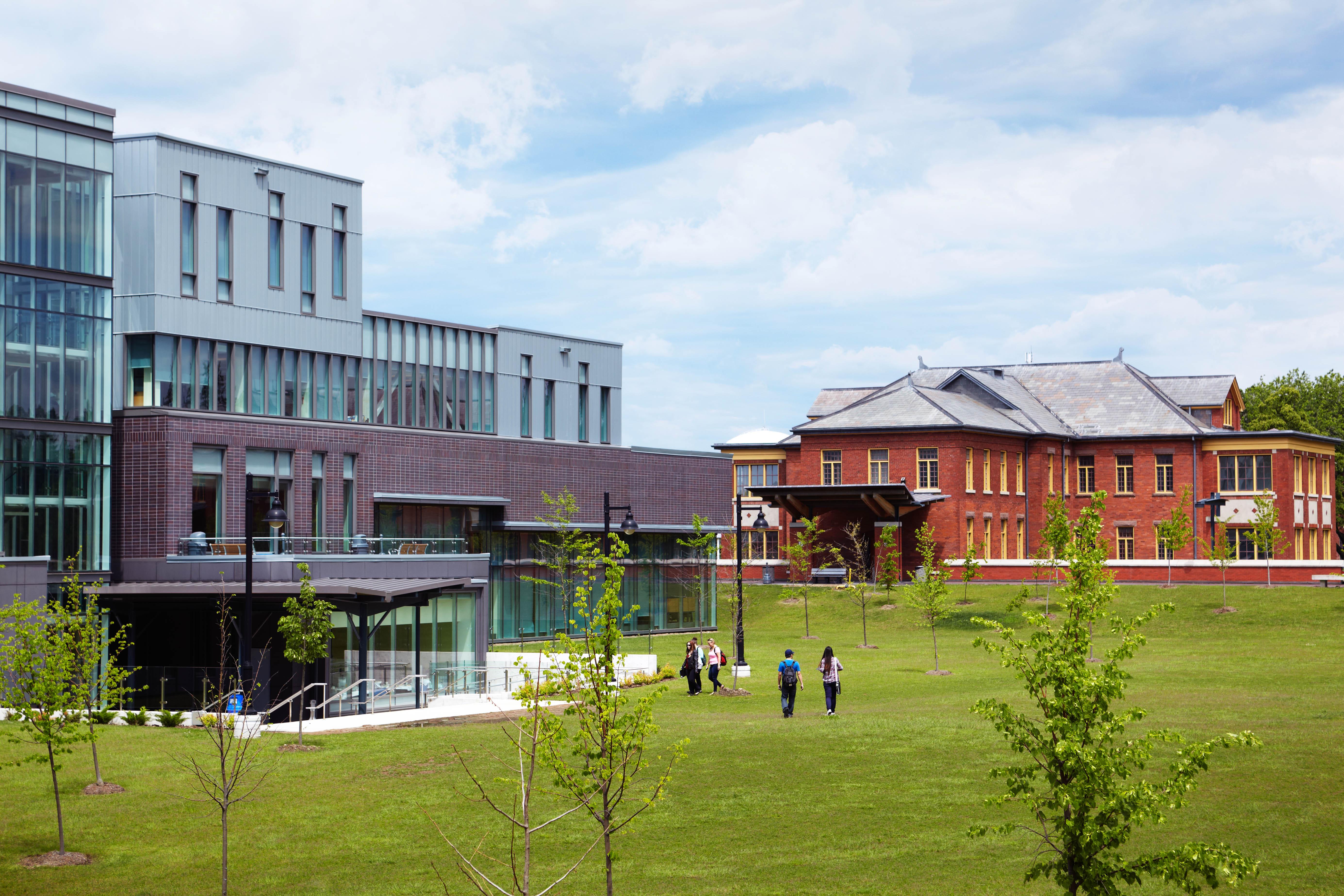 Набережный кампус